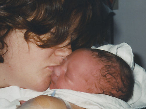 2001-07-30 Mama kiss